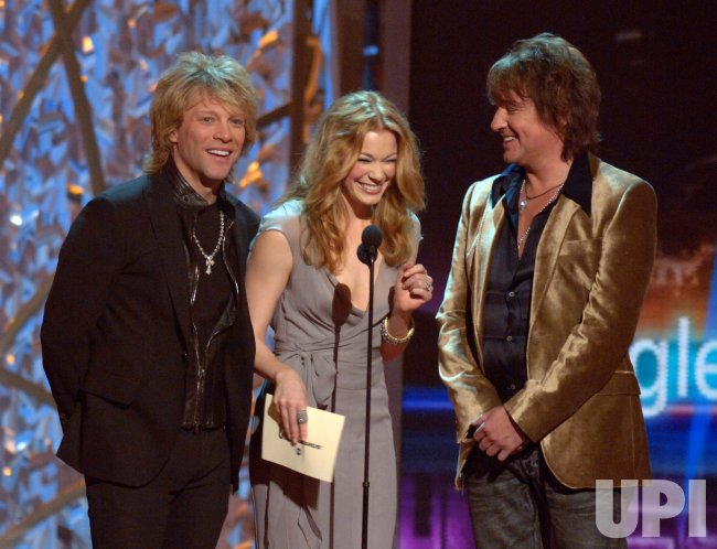 40TH ANNUAL COUNTRY MUSIC ASSOCIATION AWARDS