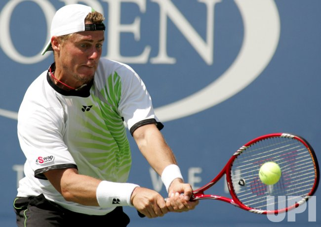 Hewitt takes on Federer in third round action at the US Open tennis in New York