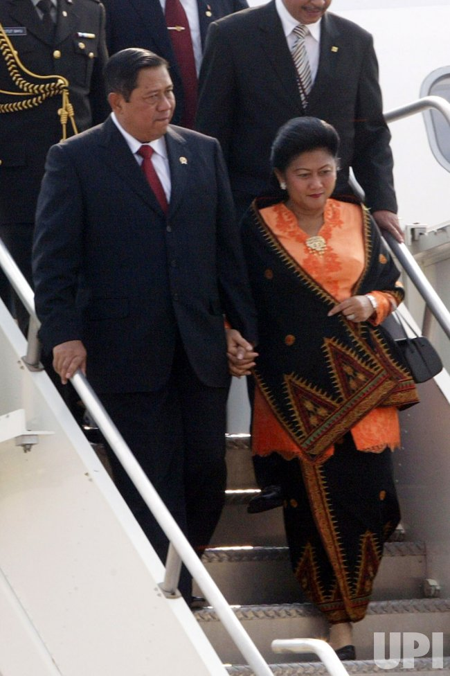 PRESIDENT OF INDONESIA ARRIVES IN ST. LOUIS