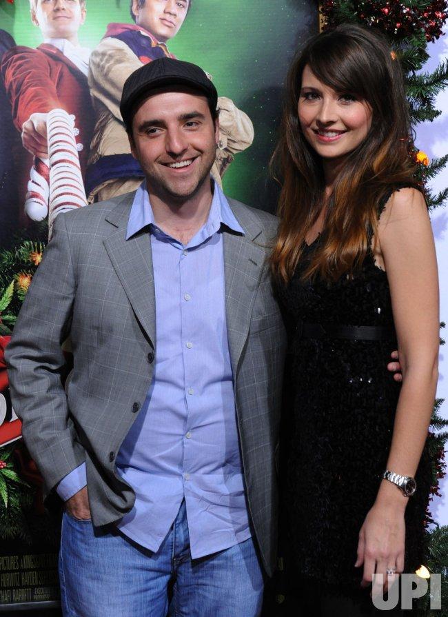 david krumholtz and vanessa britting attend the premiere of a very harold kumar 3d - A Very Harold Kumar 3d Christmas Cast