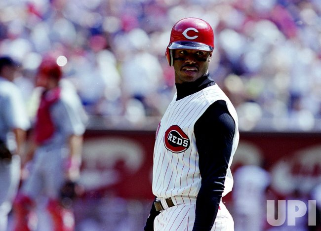 Cincinnati Reds out fielder Ken Griffey Jr