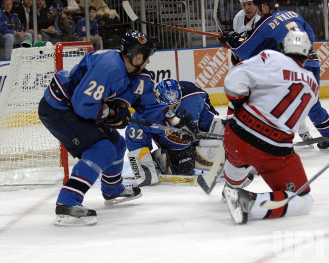 ATLANTA THRASHERS VS CAROLINA HURRICANES