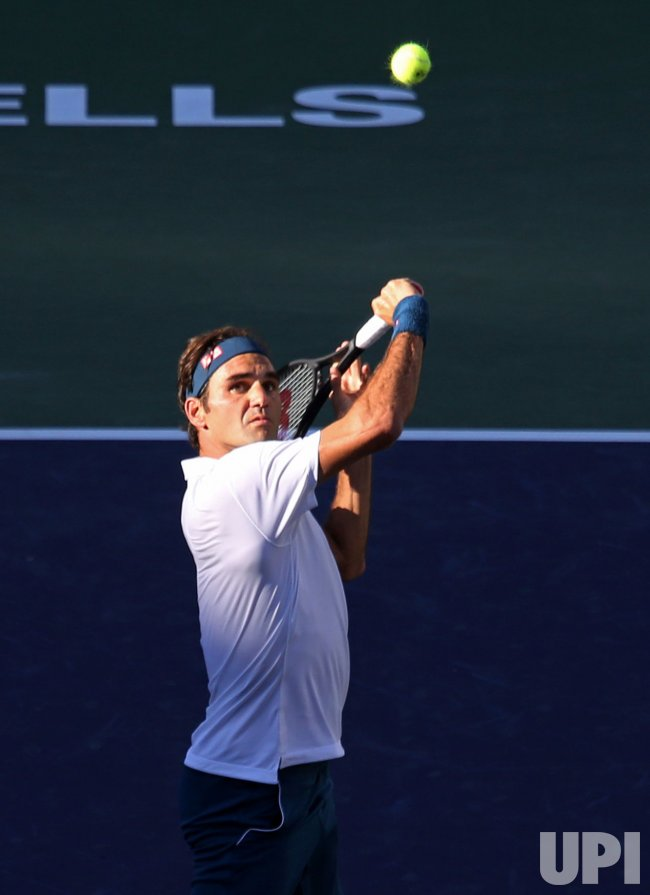 roger federer loses in bnp paribas open final at indian wells. Black Bedroom Furniture Sets. Home Design Ideas