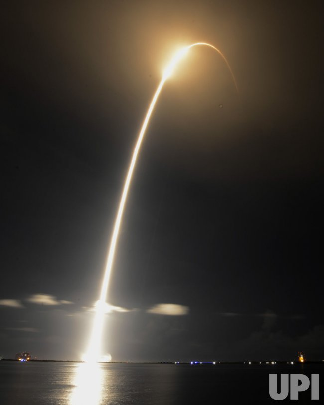 Space X Falcon 9 carrying a Dragon Spacecraft launch the First Commercial Cargo delivery to the International Space Station from Cape Canaveral,Florida