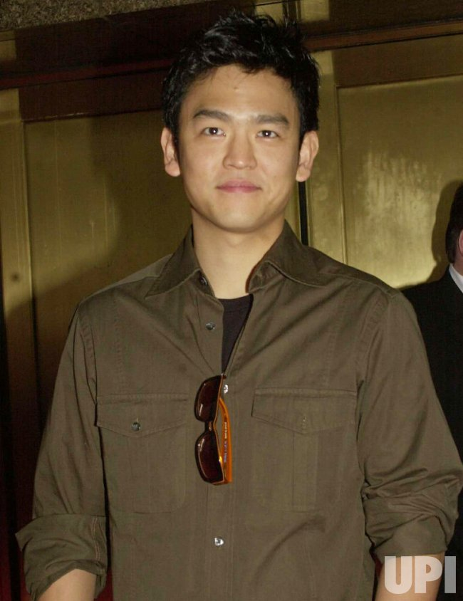 JOHN CHO ATTENDS 2004 NBC UPFRONTS