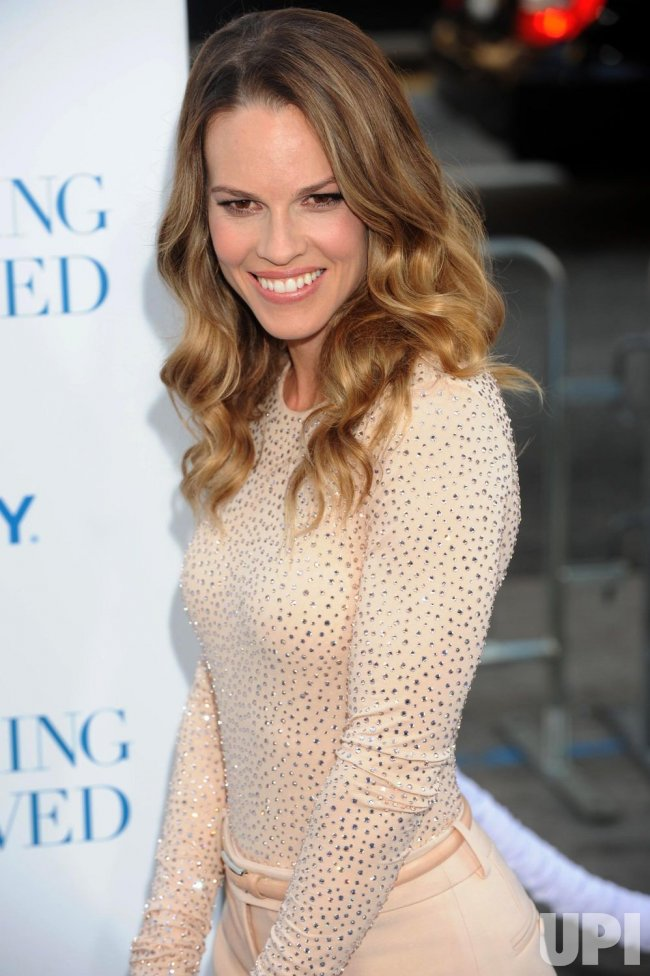 """Hilary Swank attends the """"Something Borrowed"""" premiere in Los Angeles"""