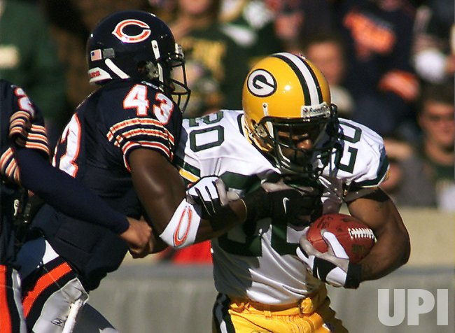 Green Bay Packers at Chicago Bears Football