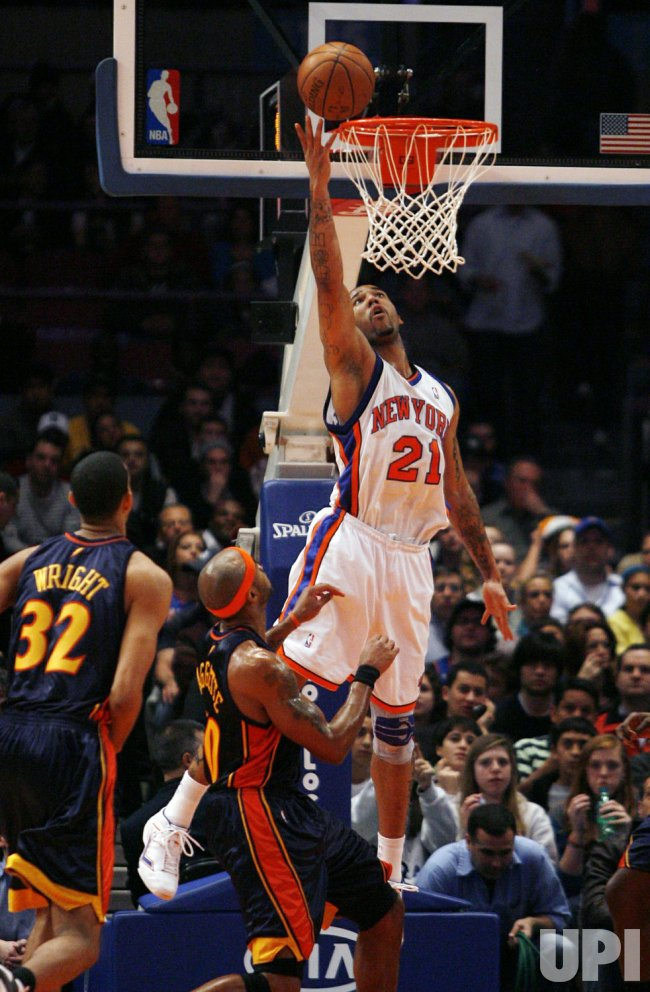 Golden State Warriors vs New York Knicks in New York