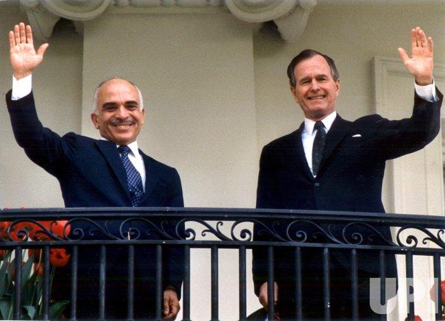 President Bush and King Hussein of Jordan