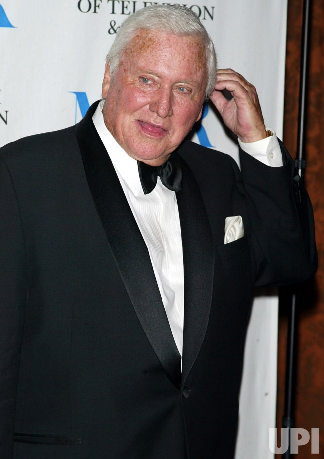 MERV GRIFFIN HONORED BY MUSEUM OF TELEVISION AND RADIO
