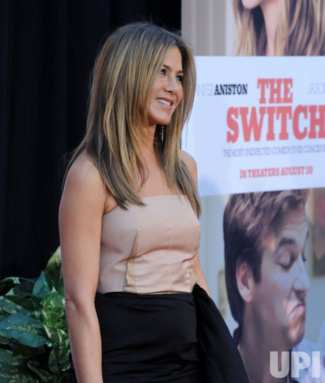 """Jennifer Aniston attends the """"The Switch"""" premiere in Los Angeles"""