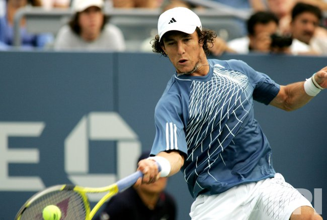 JAMES BLAKE TAKES ON JUAN MONACO AT THE US OPEN