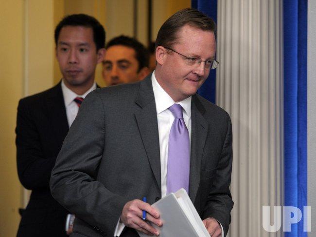 Press Secretary Gibbs briefs media at White House