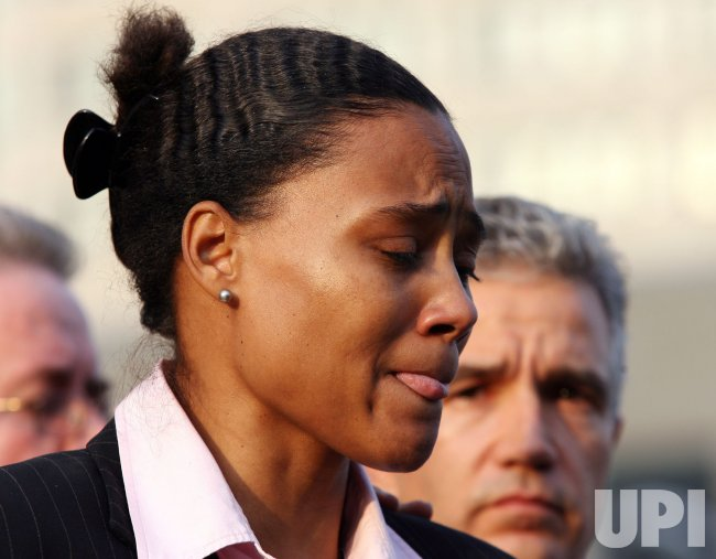 MARION JONES PLEADS GUILTY TO LYING TO FEDERAL INVESTIGATORS IN NEW YORK