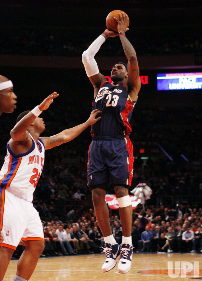 Cleveland Cavaliers vs New York Knicks in New York