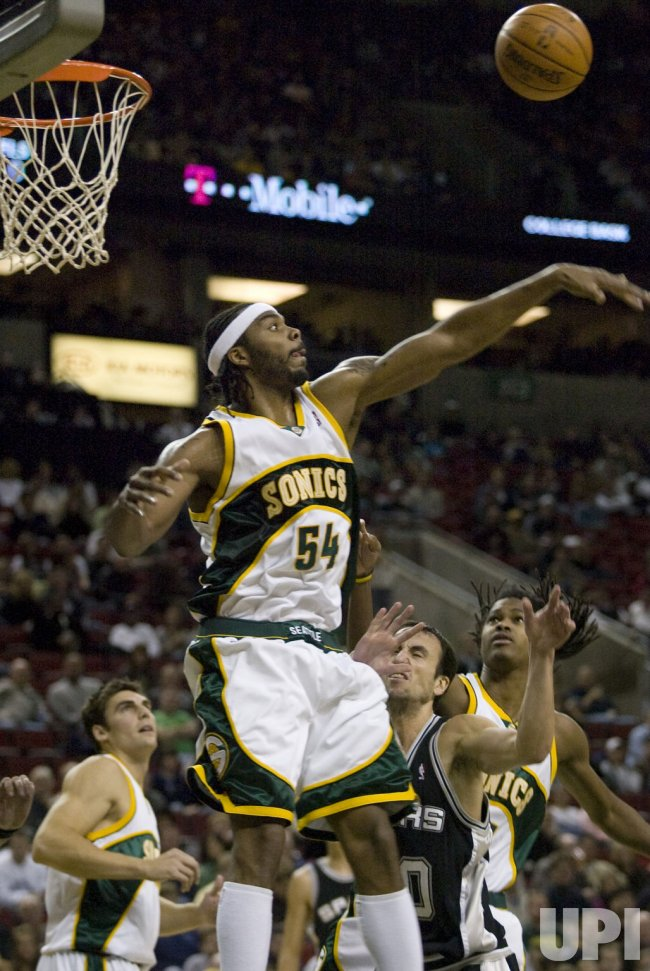 San Antonio Spurs vs Seattle Supersonics