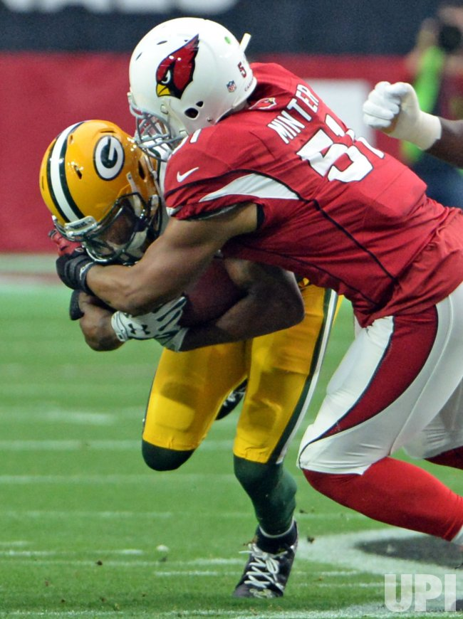 Packers Lacy stopped by Cardinals Minter after a short gain