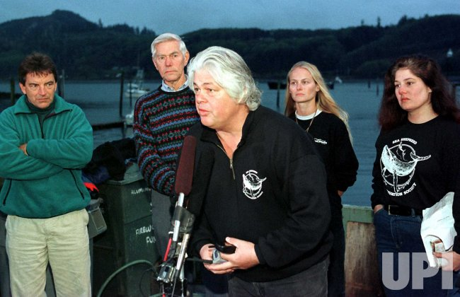 Opposition speaks out against a planned whale hunt by the Makah Indian tribe