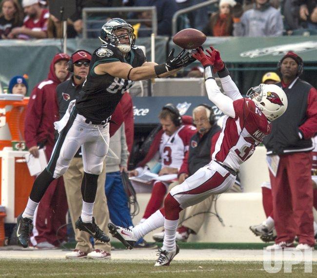 Arizona Cardinals-Philadellphia Eagles NFL football, Week 13.