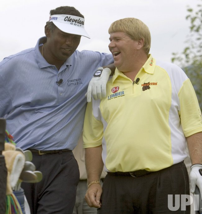 VIJAY SINGH SHARES MOMENT WITH JOHN DALY ON DAY ONE OF THE 2005 TELUS SKINS GAME