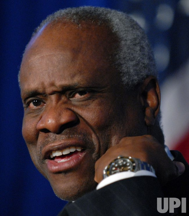 Justice Thomas discusses his book in Washington