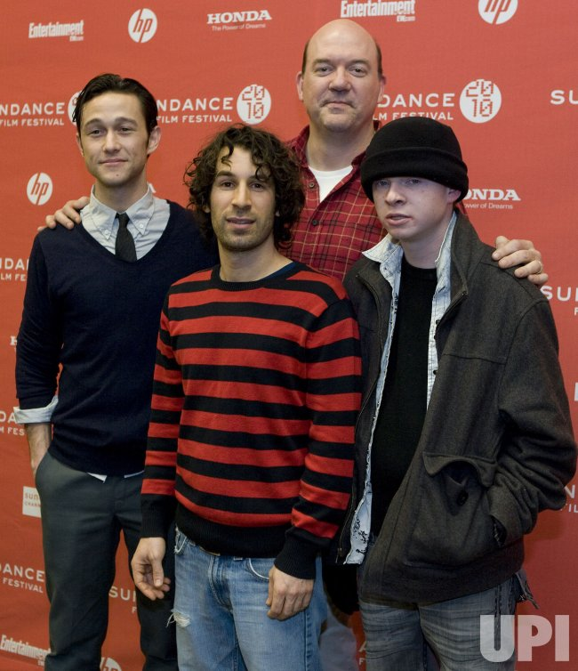 Gordon-Levitt, Susser, Lynch, and Brochu Arrive at the 2010 Sundance Film Festival in Park City, Utah