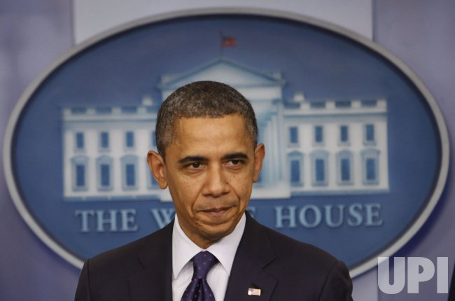 Obama discusses Senate, House passage of payroll tax cut extensions in Washington