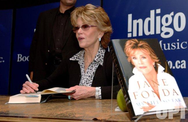 JANE FONDA AT BOOK-SIGNING IN TORONTO