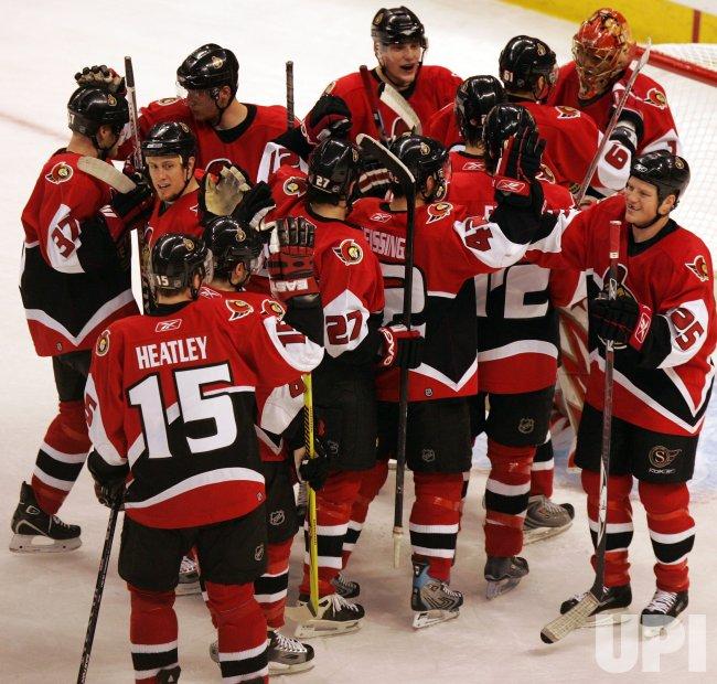 NEW JERSEY DEVILS AT OTTAWA SENATORS IN ROUND 2 GAME 3 OF NHL PAYOFFS