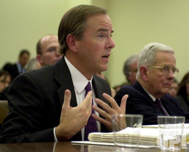 Former Enron executives testify before Congress