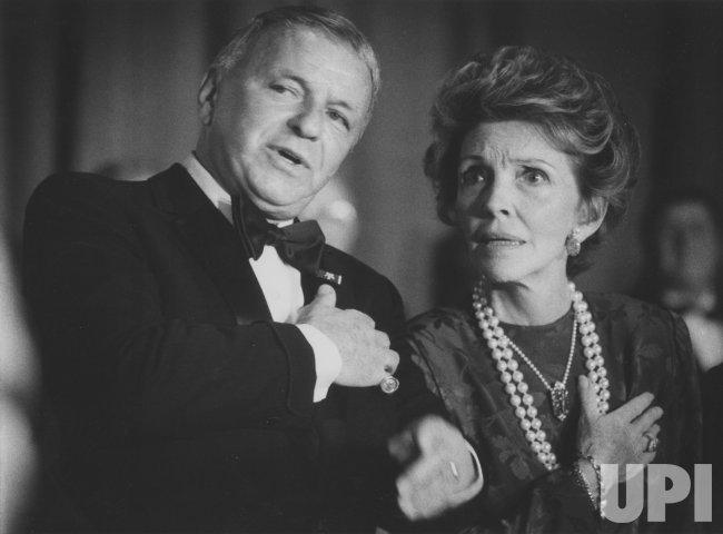 Frank Sinatra, Nancy Reagan
