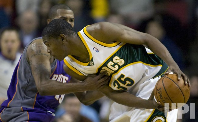 Phoenix Suns vs Seattle SuperSonics
