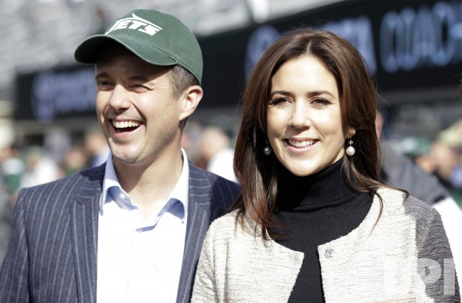 Danish Crown Princess Mary and her husband Prince Frederik meet Jets head coach Rex Ryan at MetLife Stadium in New Jersey