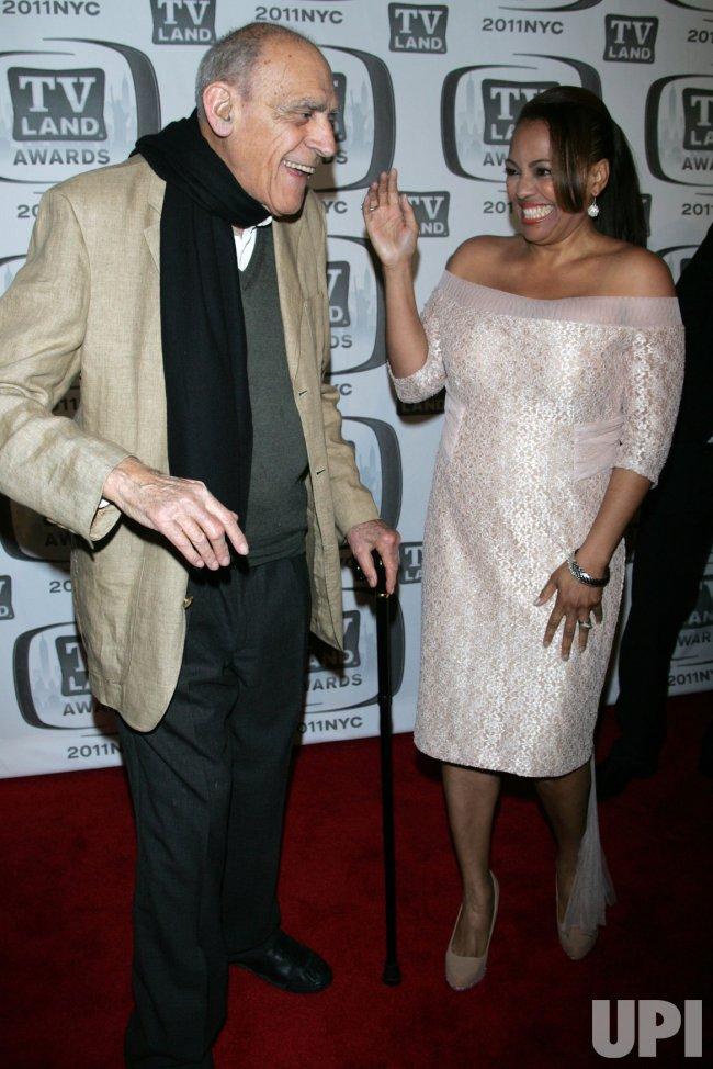 Abe Vigoda and Kim Fields arrive for the TV Land Awards in New York