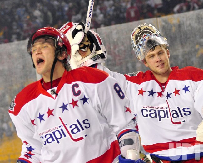 Ovechkin Celebrates With Goalie Varlamov at NHL Winter Classic in Pittsburgh