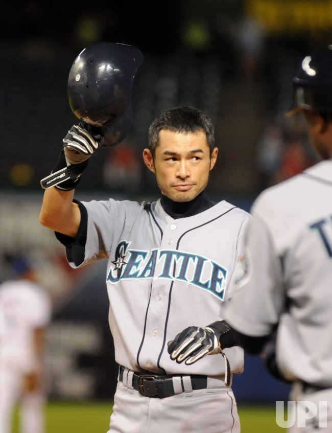 Mariners Ichiro sets MLB record with 200 hits for ninth time.