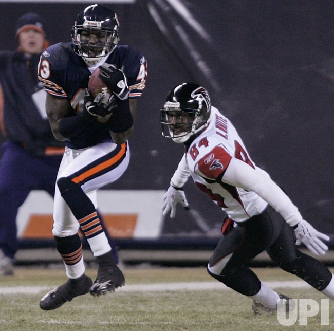 NFL FOOTBALL ATLANTA FALCONS VS CHICAGO BEARS