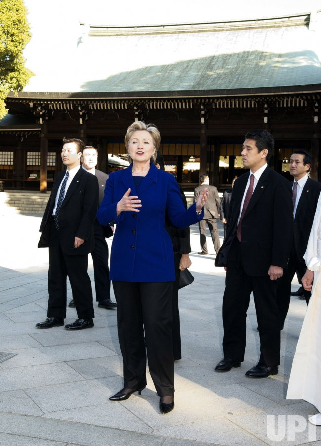 Hillaly visits Meiji Shrine in Japan
