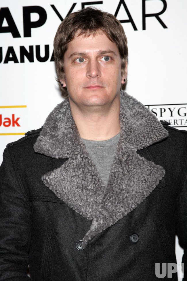 "Rob Thomas arrives at the ""Leap Year"" Premiere in New York"