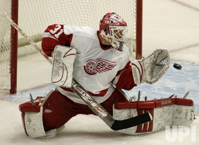 DETROIT RED WINGS VS COLORADO AVALANCHE