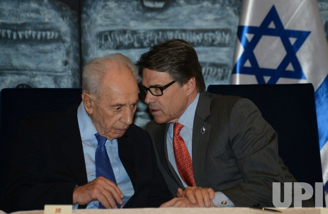 Texas Governor Rick Perry Announces Texas A&M Campus In Nazareth, Israel