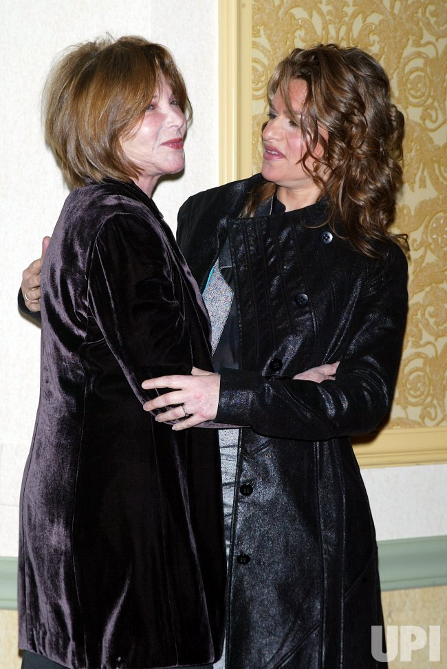 2004 MUSE AWARDS LUNCHEON