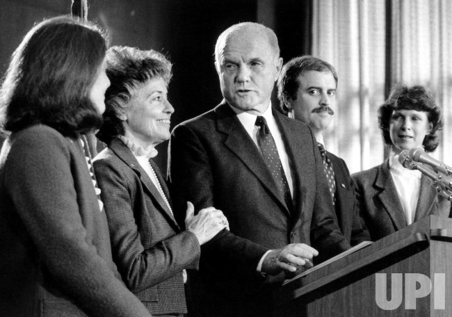 JOHN GLENN ANNOUNCING HIS WITHDRAWAL FROM PRESIDENTIAL RACE