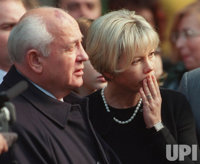 Mikhail Gorbachev anniversary of wife's death