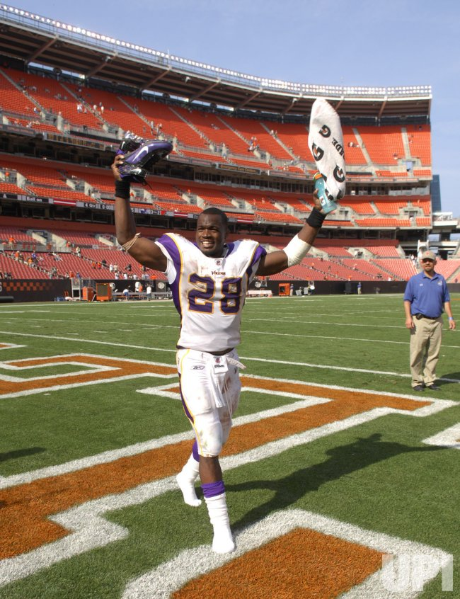 Minnesota Vikings running back Adrian Peterson celebrates after the Vikings defeated the Cleveland Browns