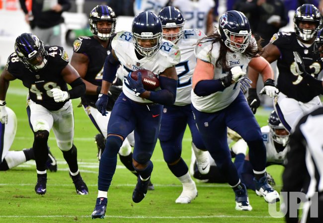 Tennessee Titans defeat Baltimore Ravens 30-24 in overtime in Baltimore