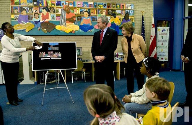 President Bush visits Martin Luther King Jr. Library in Washington