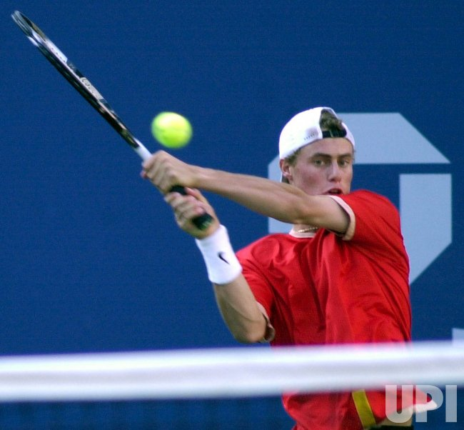 LlEYTON HEWITT WINS THE MENS FINAL AT THE U.S.OPEN 2001