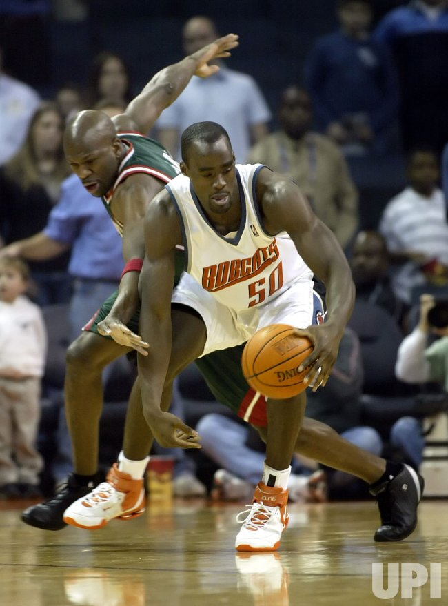 CHARLOTTE BOBCATS VS MILWAUKEE BUCKS