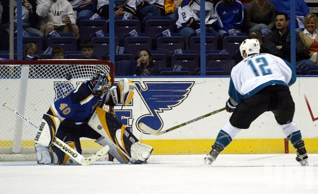SAN JOSE SHARKS VS ST. LOUIS BLUES HOCKEY
